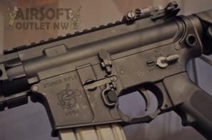 KAC Stoner Rifle SR-16 VFC Airsoft Gun Knights Armament at SHOT Show