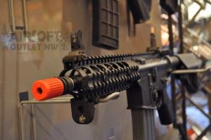 SR-16 KAC CQB Airsoft Rifle VFC Knight's Armament at SHOT SHOW