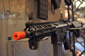 SR-16 KAC CQB Airsoft Rifle VFC Knight's Armament at SHOT SHOW